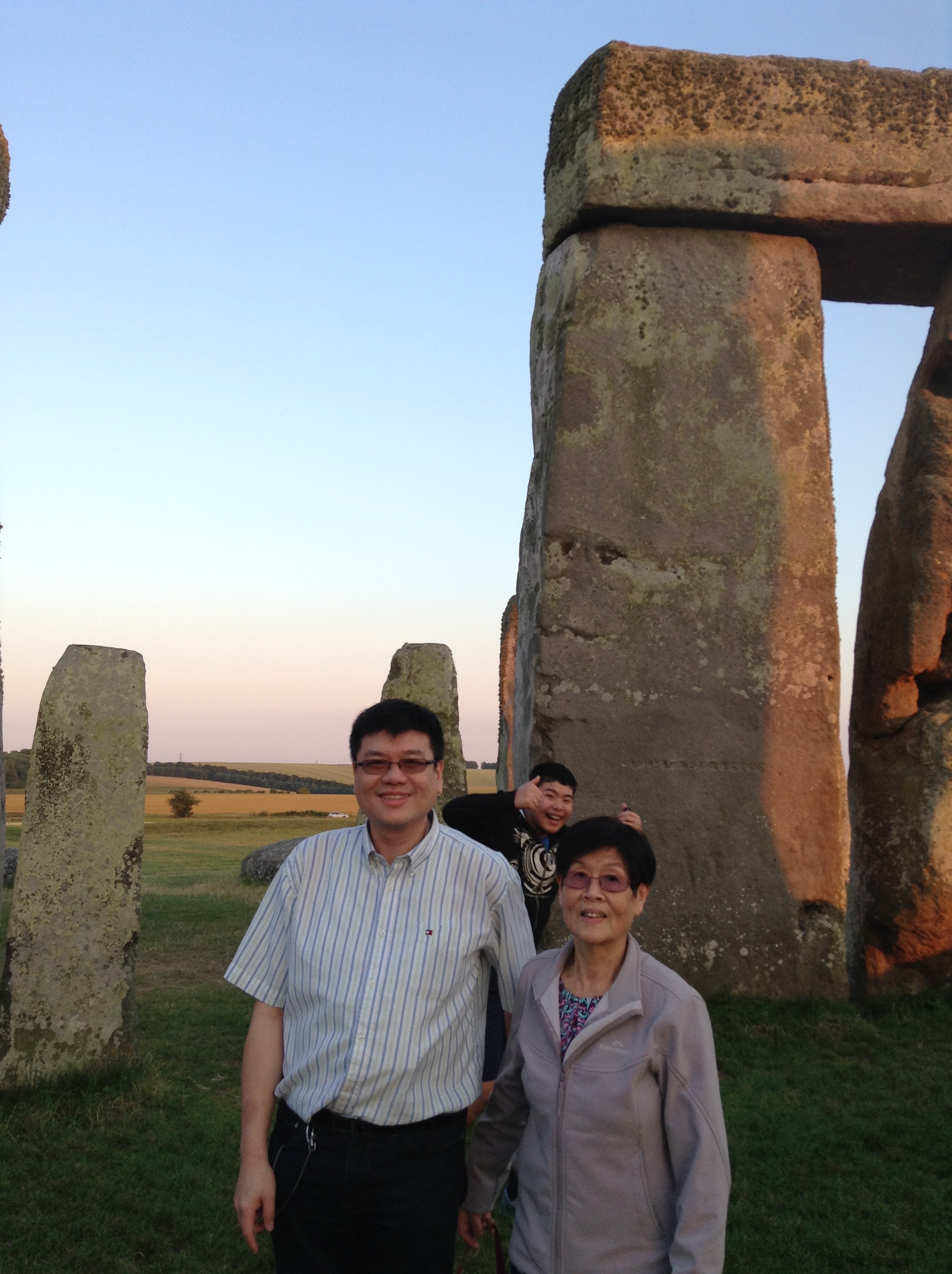 Photo Bomb Stonehenge